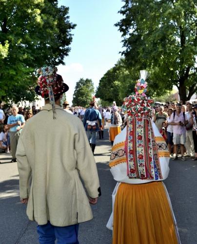 Svatební průvod z Velké nad Veličkou, červenec 2014